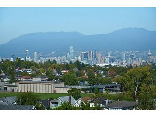 Photo 7: # 306 683 E 27TH AV in Vancouver: Fraser VE Condo for sale (Vancouver East)  : MLS®# V1015460