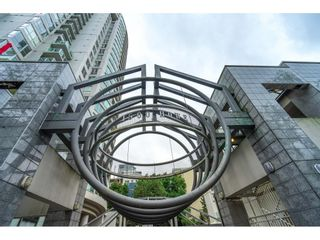 """Photo 3: 1110 1500 HOWE Street in Vancouver: Yaletown Condo for sale in """"DISCOVERY"""" (Vancouver West)  : MLS®# R2624044"""