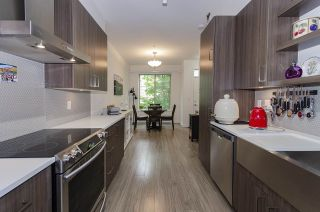 Photo 6: 58 433 SEYMOUR RIVER PLACE in North Vancouver: Seymour NV Townhouse for sale : MLS®# R2500921