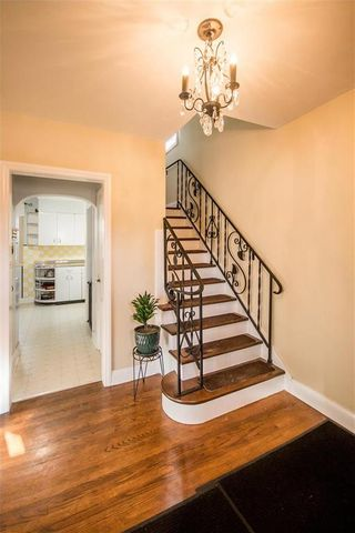 Photo 3: 273 Mandeville Street in Winnipeg: Deer Lodge Residential for sale (5E)  : MLS®# 202111270