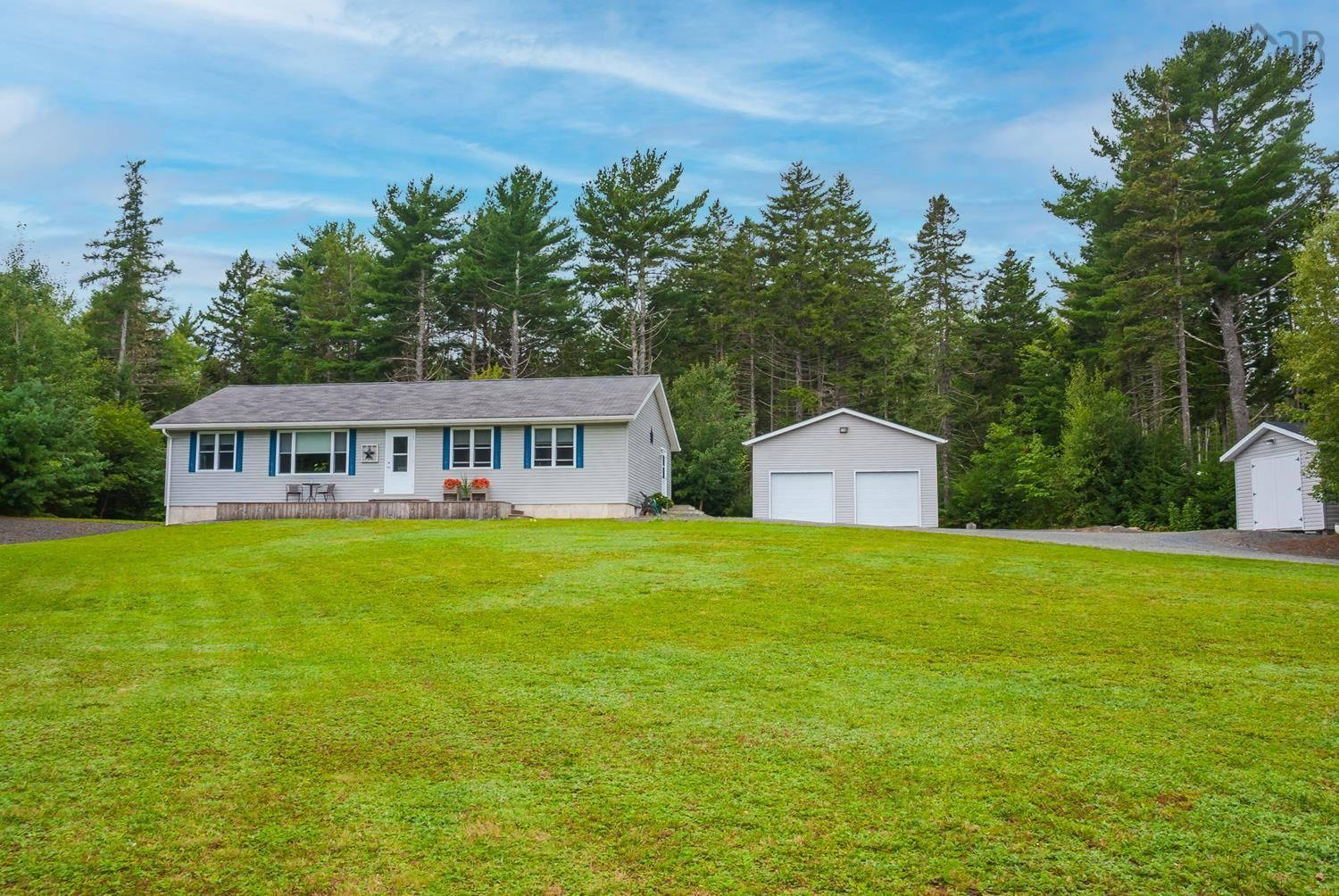 Main Photo: 11369 Highway 3 in Centre: 405-Lunenburg County Residential for sale (South Shore)  : MLS®# 202123535