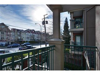 "Photo 9: 204 929 W 16TH Avenue in Vancouver: Fairview VW Condo for sale in ""OAKVIEW GARDENS"" (Vancouver West)  : MLS®# V938331"