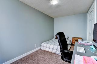 Photo 17: 1 6144 Bowness Road NW in Calgary: Bowness Row/Townhouse for sale : MLS®# A1077373