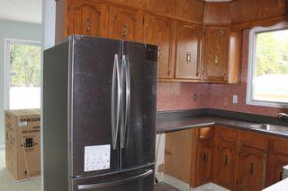 Photo 5: 14913 104 Avenue in Edmonton: Zone 21 House Half Duplex for sale : MLS®# E4262661