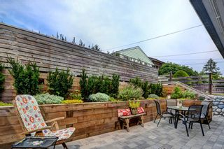 Photo 16: 859 E 15TH Street in North Vancouver: Boulevard House for sale : MLS®# R2335791