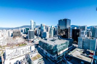 "Photo 14: 2811 833 SEYMOUR Street in Vancouver: Downtown VW Condo for sale in ""CAPITOL RESIDENCE"" (Vancouver West)  : MLS®# R2357159"
