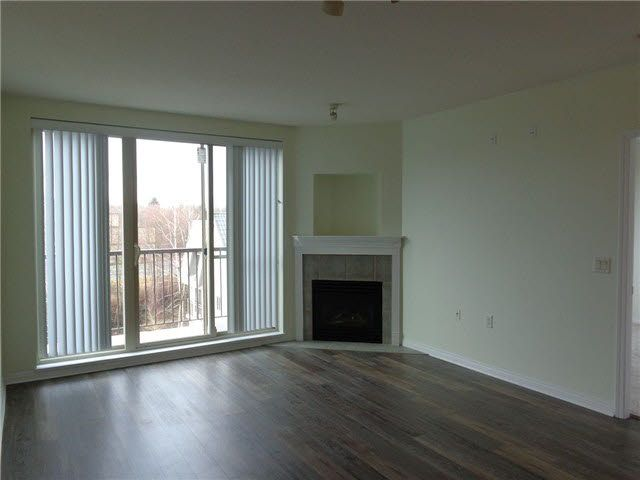 """Photo 3: Photos: PH30 8888 202ND Street in Langley: Walnut Grove Condo for sale in """"LANGLEY GARDENS"""" : MLS®# F1429580"""