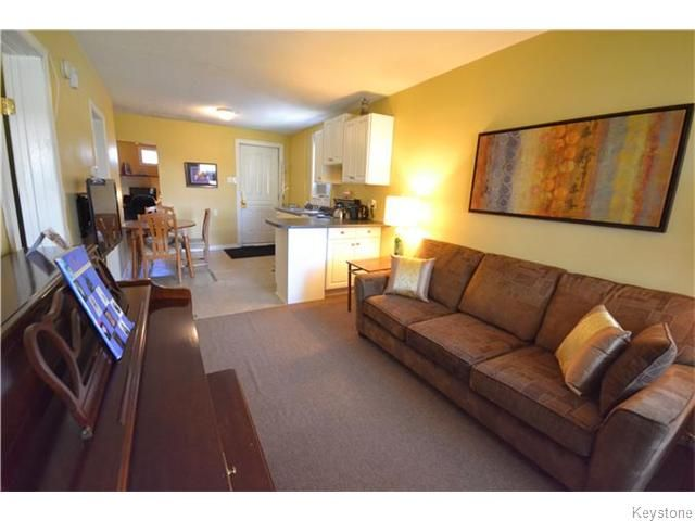 Photo 3: Photos: 475 De La Morenie Street in Winnipeg: St Boniface Residential for sale (2A)  : MLS®# 1615649