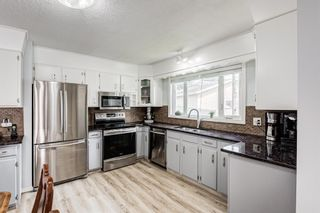 Photo 2: 435 Glamorgan Crescent SW in Calgary: Glamorgan Detached for sale : MLS®# A1145506