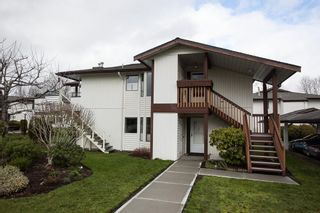 "Photo 17: 221 15153 98 Avenue in Surrey: Guildford Townhouse for sale in ""Glenwood Village"" (North Surrey)  : MLS®# R2040230"