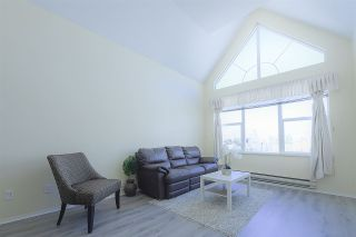"""Photo 3: 405 7051 BLUNDELL Road in Richmond: Brighouse South Condo for sale in """"WINDSOR GARDEN"""" : MLS®# R2536854"""