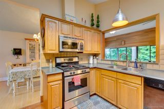 """Photo 13: 2716 ANCHOR Place in Coquitlam: Ranch Park House for sale in """"RANCH PARK"""" : MLS®# R2279378"""