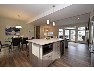 Photo 4: 819 Ashbury Ave in VICTORIA: La Olympic View House for sale (Langford)  : MLS®# 746742