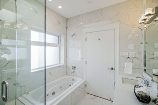 Photo 22: 5805 CULLODEN Street in Vancouver: Knight House for sale (Vancouver East)  : MLS®# R2502667