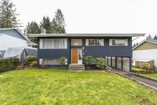Photo 1: 2418 WARRENTON Avenue in Coquitlam: Central Coquitlam House for sale : MLS®# R2537280