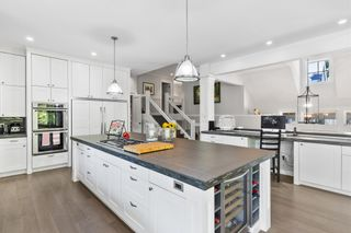 """Photo 12: 2608 CEDAR Drive in Surrey: Crescent Bch Ocean Pk. House for sale in """"Crescent Heights"""" (South Surrey White Rock)  : MLS®# R2607451"""