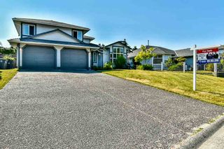 Photo 1: 9381 160A Street in Surrey: Fleetwood Tynehead House for sale : MLS®# R2188719