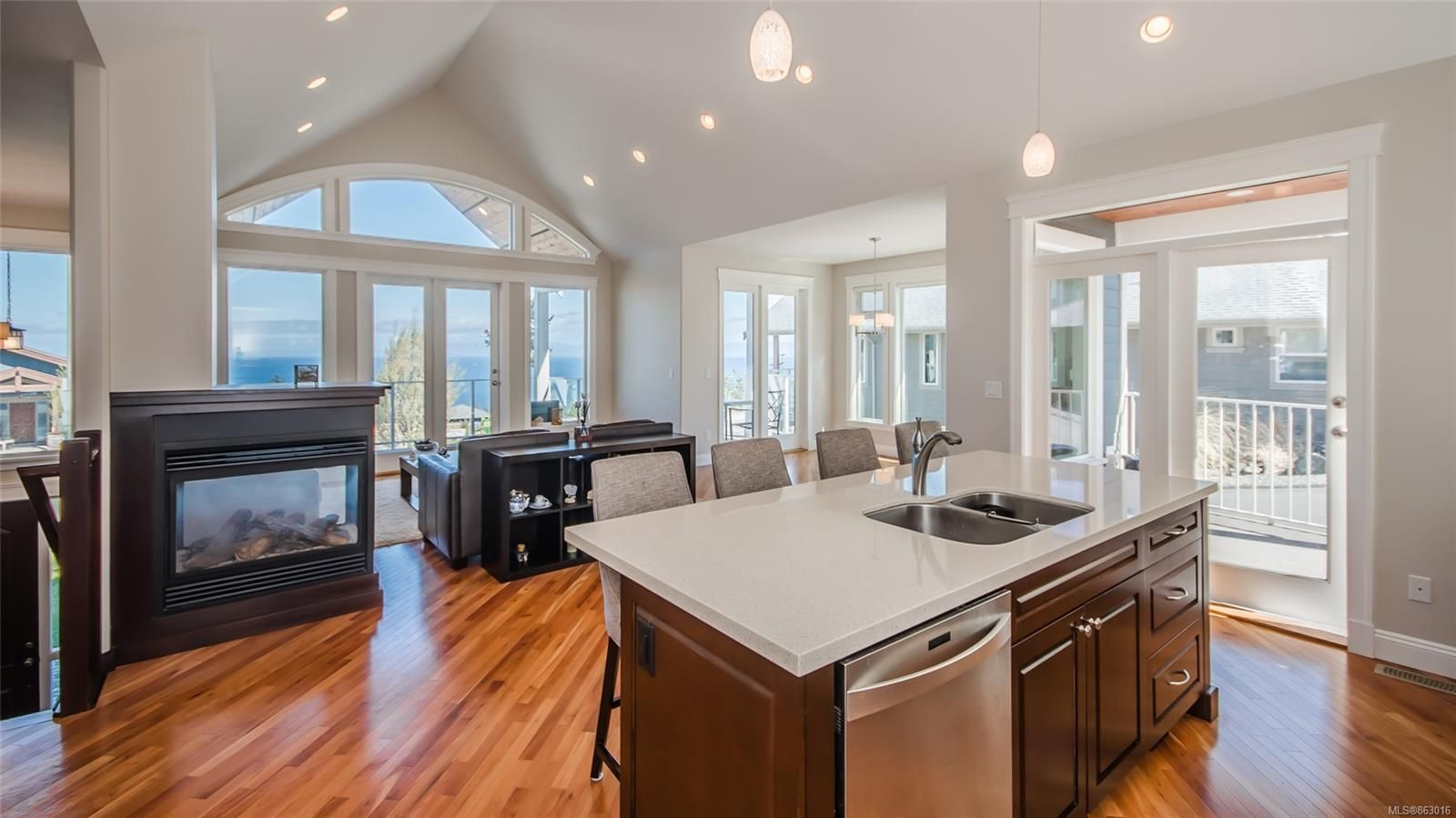Photo 12: Photos: 5361 Laguna Way in : Na North Nanaimo House for sale (Nanaimo)  : MLS®# 863016