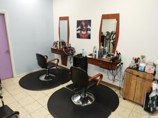 Photo 9: 40 220 Betts Avenue in Saskatoon: Blairmore Commercial for sale : MLS®# SK855118