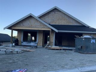 """Photo 2: 6075 KINGBIRD Avenue in Sechelt: Sechelt District House for sale in """"SilverStone Heights Phase2"""" (Sunshine Coast)  : MLS®# R2466331"""