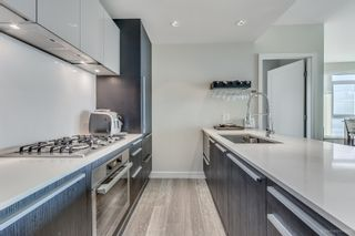 """Photo 5: 806 1221 BIDWELL Street in Vancouver: West End VW Condo for sale in """"Alexandra"""" (Vancouver West)  : MLS®# R2019706"""