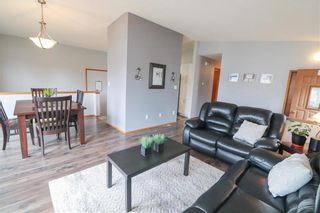 Photo 5: 19 Birchlynn Bay in Winnipeg: Garden Grove Residential for sale (4K)  : MLS®# 202106295
