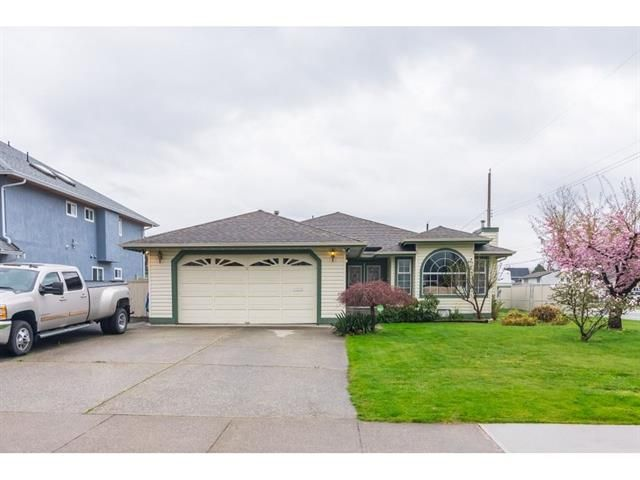 Main Photo: 6004 170 Street in Cloverdale, Surrey: Cloverdale BC House for sale (Cloverdale)  : MLS®# R2355466