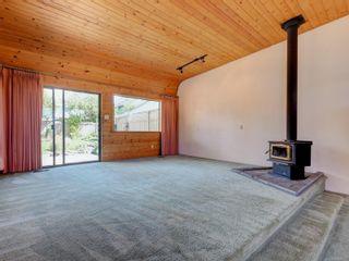 Photo 4: 814-816 Colville Rd in : Es Old Esquimalt Full Duplex for sale (Esquimalt)  : MLS®# 878414
