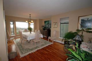 Photo 3: 7626 ARVIN Court in Burnaby: Simon Fraser Univer. House for sale (Burnaby North)  : MLS®# R2027897