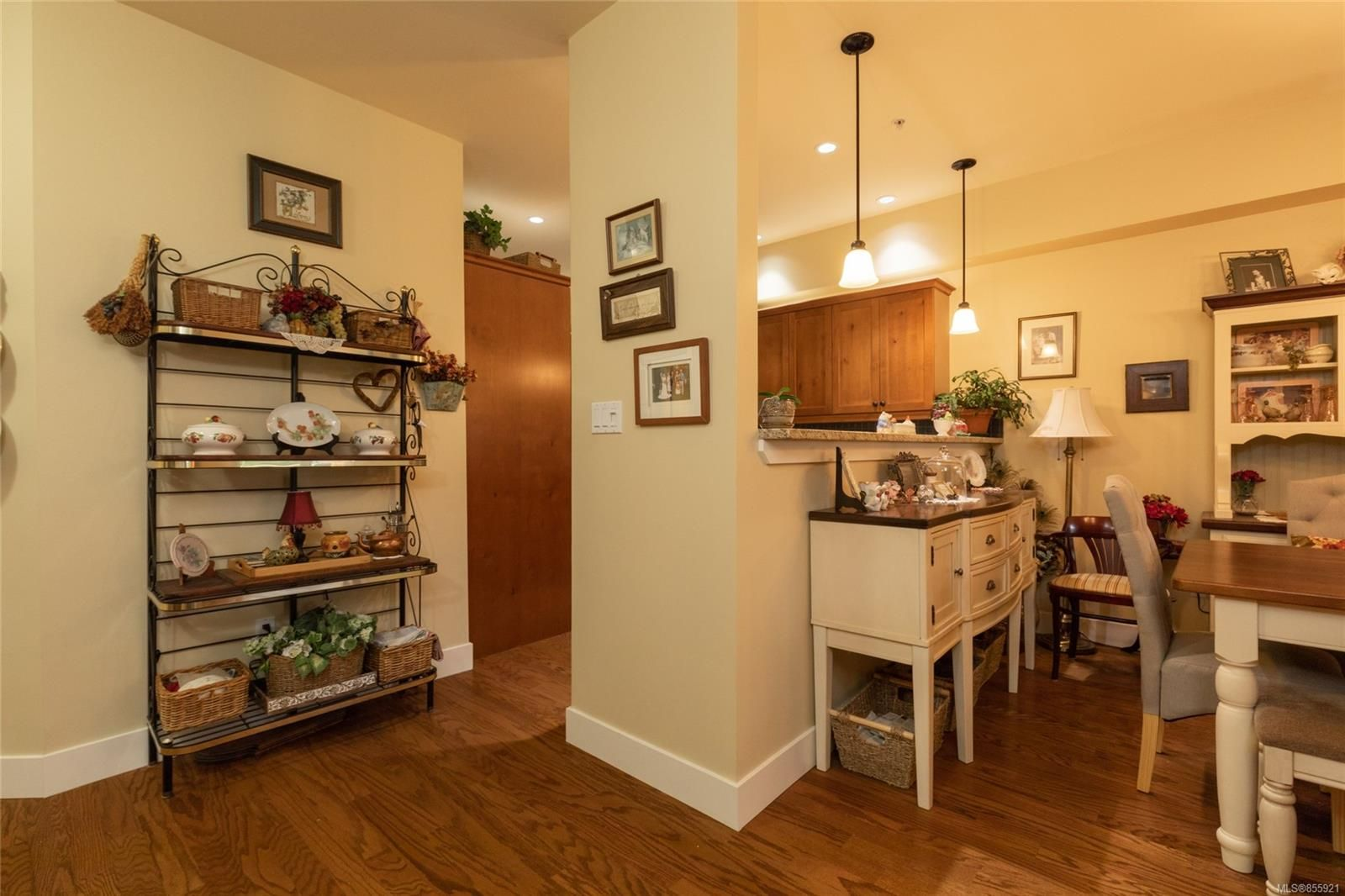 Photo 7: Photos: 206 1244 4TH Ave in : Du Ladysmith Row/Townhouse for sale (Duncan)  : MLS®# 855921