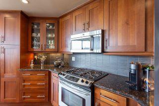 Photo 13: 701 11933 JASPER Avenue in Edmonton: Zone 12 Condo for sale : MLS®# E4246820