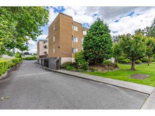 """Photo 3: 7 11900 228 Street in Maple Ridge: East Central Condo for sale in """"MOONLITE GROVE"""" : MLS®# R2590781"""