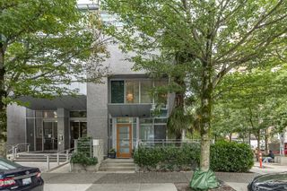 Main Photo: 1201 ALBERNI Street in Vancouver: West End VW Townhouse for sale (Vancouver West)  : MLS®# R2612968