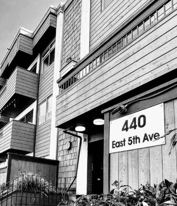 Main Photo: 215 440 E 5 Avenue in Vancouver: Condo for sale (Vancouver East)  : MLS®# R2561525