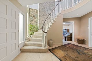 """Photo 3: 510 CRAIGMOHR Drive in West Vancouver: Glenmore House for sale in """"Glenmore"""" : MLS®# R2617145"""