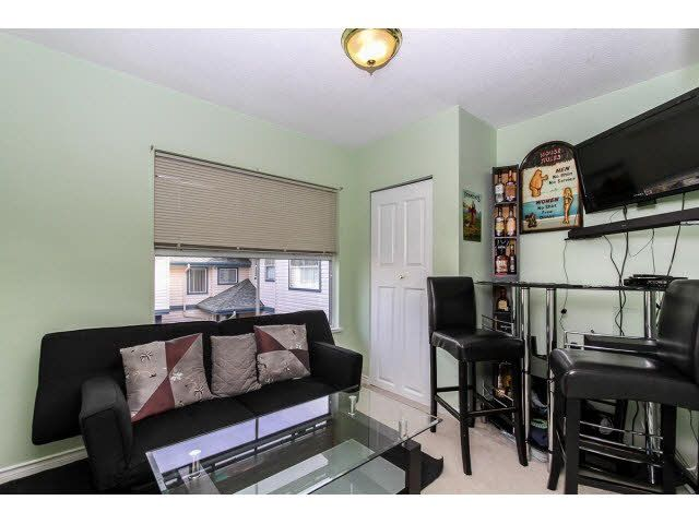 """Photo 16: Photos: 29 5666 208TH Street in Langley: Langley City Townhouse for sale in """"THE MEADOWS"""" : MLS®# F1437593"""