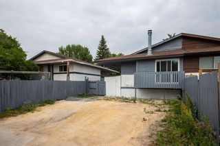 Photo 20: 378 Mandalay Drive in Winnipeg: Maples Residential for sale (4H)  : MLS®# 202118338