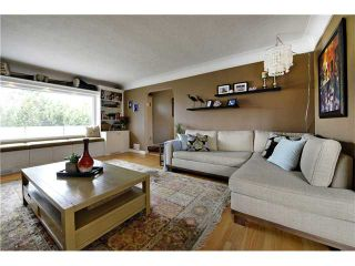 Photo 3: 2624 21 Street SW in Calgary: Richmond Park_Knobhl House for sale : MLS®# C3654033