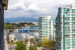 """Photo 2: 1502 1863 ALBERNI Street in Vancouver: West End VW Condo for sale in """"LUMIERE"""" (Vancouver West)  : MLS®# R2367109"""