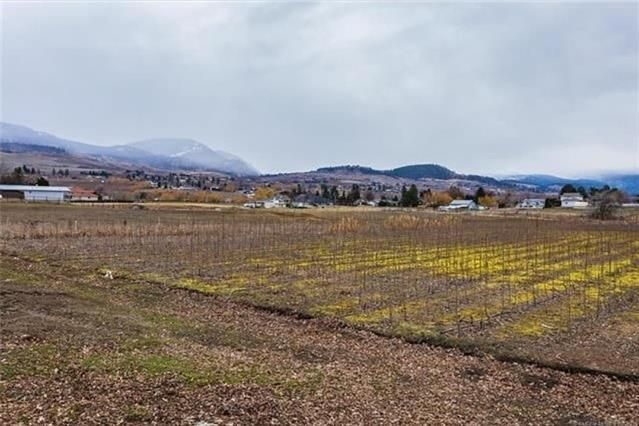 Main Photo: 245 Cornish Road, in Kelowna: Agriculture for sale : MLS®# 10235331