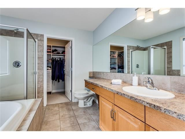 Photo 21: Photos: 46 PRESTWICK Parade SE in Calgary: McKenzie Towne House for sale : MLS®# C4103009