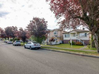 Photo 12: 3232 NAPIER STREET in Vancouver: Renfrew VE House for sale (Vancouver East)  : MLS®# R2072671