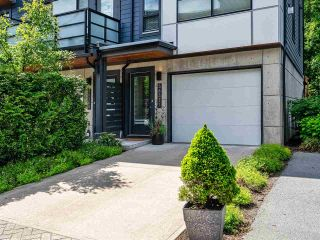 """Photo 2: 38371 SUMMITS VIEW Drive in Squamish: Downtown SQ Townhouse for sale in """"THE FALLS AT EAGLEWIND"""" : MLS®# R2587853"""