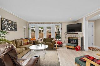 Photo 8: 3125 Irma St in : Vi Burnside Row/Townhouse for sale (Victoria)  : MLS®# 870031