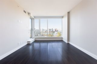 """Photo 5: 1206 1618 QUEBEC Street in Vancouver: Mount Pleasant VE Condo for sale in """"CENTRAL"""" (Vancouver East)  : MLS®# R2496831"""