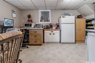 Photo 17: 819 H Avenue North in Saskatoon: Westmount Residential for sale : MLS®# SK852925