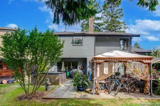 """Photo 4: 1619 133A Street in Surrey: Crescent Bch Ocean Pk. House for sale in """"AMBLE GREEN PARK"""" (South Surrey White Rock)  : MLS®# R2613366"""