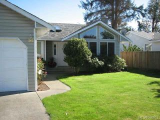 Photo 2: 3615 Montana Dr in CAMPBELL RIVER: CR Willow Point House for sale (Campbell River)  : MLS®# 596003