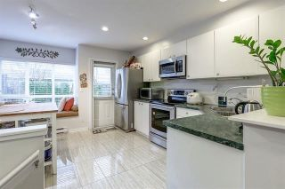 """Photo 7: 7478 HAWTHORNE Terrace in Burnaby: Highgate Townhouse for sale in """"ROCKHILL"""" (Burnaby South)  : MLS®# R2148491"""