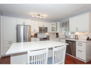 """Photo 10: 71 6488 168 Street in Surrey: Cloverdale BC Townhouse for sale in """"Turnberry by Polygon"""" (Cloverdale)  : MLS®# R2290856"""